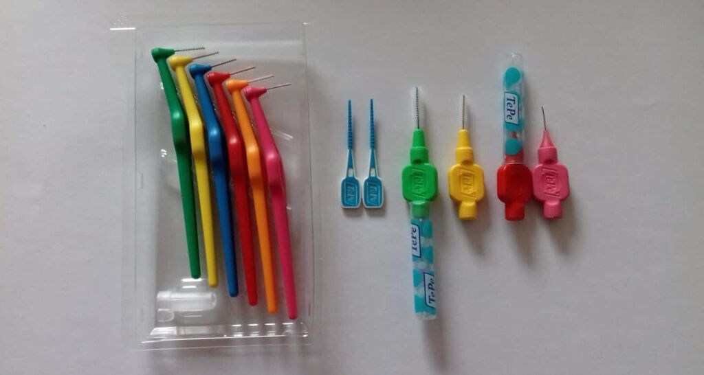 the 'flossophy' of interdental cleaning 4
